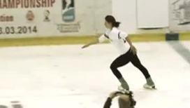 Хоккеисты занимаются балетом на льду