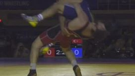 Россиянин Лабазанов завоевал долгожданное золото в греко-римской борьбе на чемпионате мира
