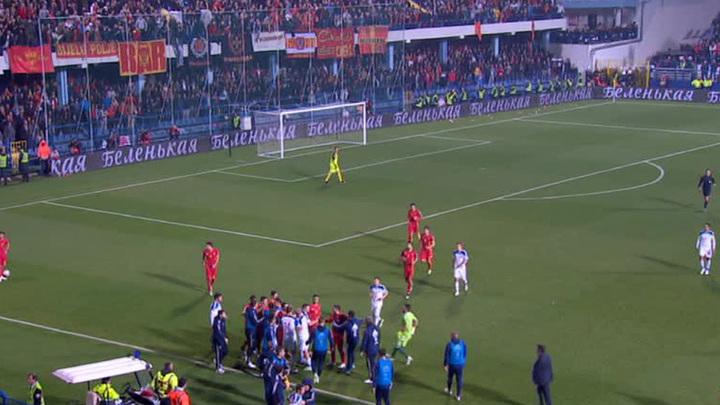 Футбол матч россия черногория