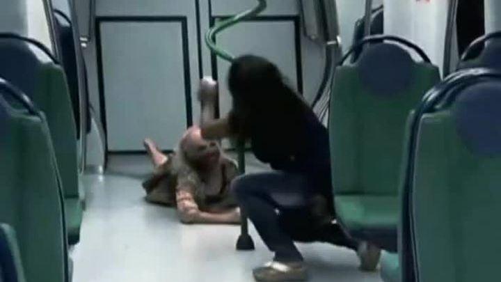 porno-skritaya-kamera-v-metro