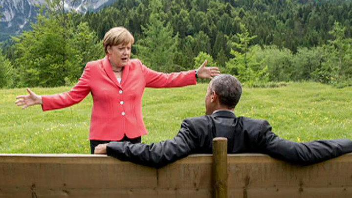 G7: самолюбование и танцующая перед Обамой Меркель